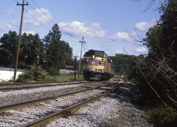 MBTA Engine 1101 with RDC'S