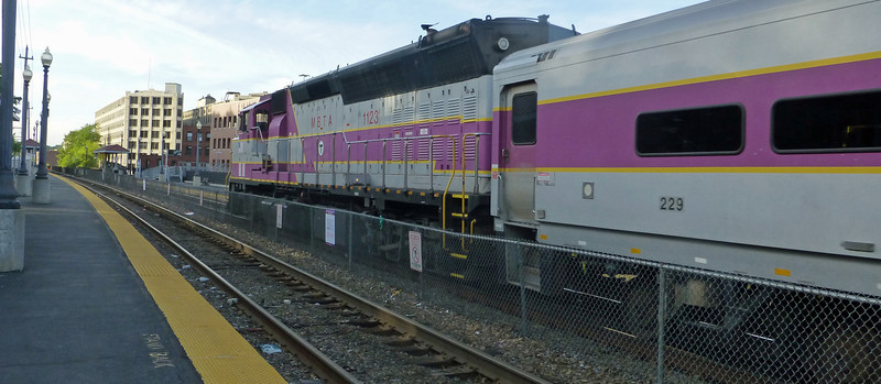 Haverhill, Mass. - MBTA GP40MC Engine Number 1123 Leads Train 217 into the Station