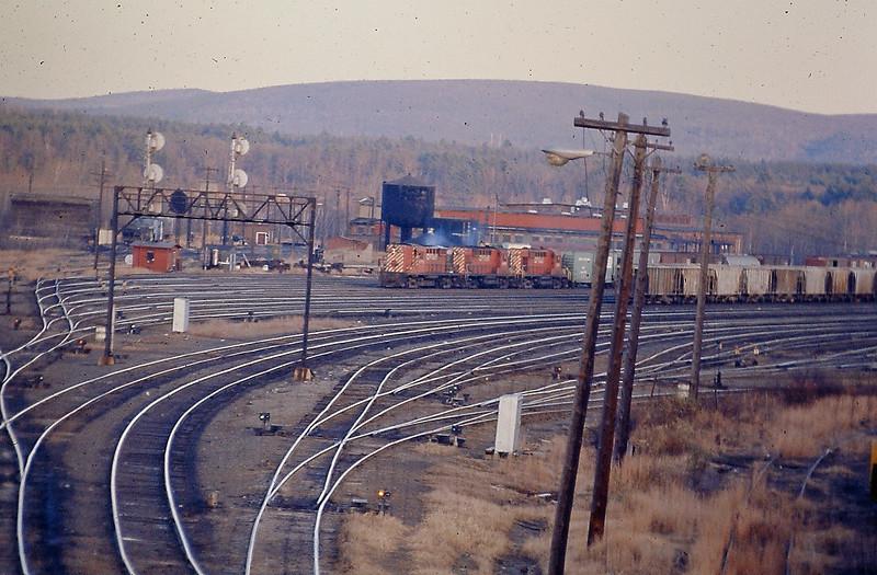 East Deerfield Yard with CP Engines
