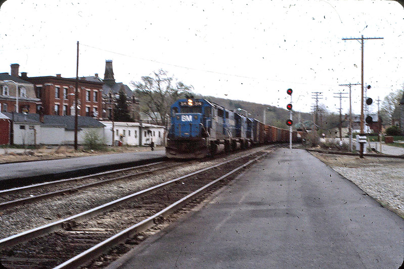 Ayer, Mass. B&M Westward Freight in 1983