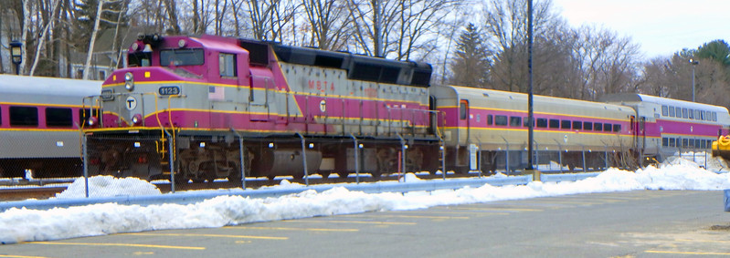 MBTA Engine 1123 at Bradford