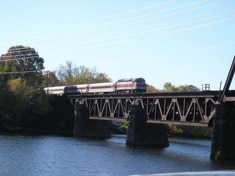 11/7/2007 - OLYMPUS DIGITAL CAMERA   - MBTA train 218 inbound to Boston crossing the Merrimack River at Haverhill, MA