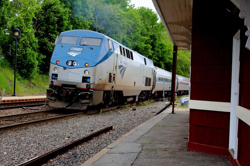 Bradford, MA - Amtrak Engine 142 Pushes Train 686 Toward Boston