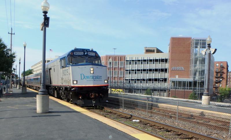 Haverhill Station Amtrak Train 686 Running Late