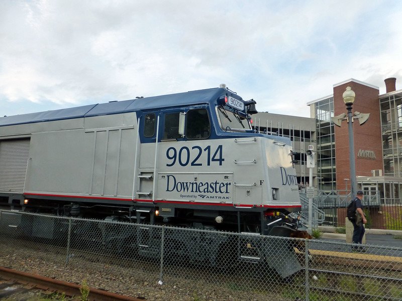 Haverhill - Amtrak Cab Baggage Unit 90214 in a fresh coat of paint