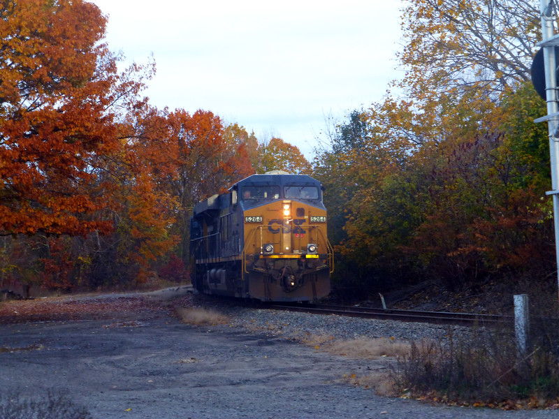 North Chelmsford, Mass. - CSX Engine 5264
