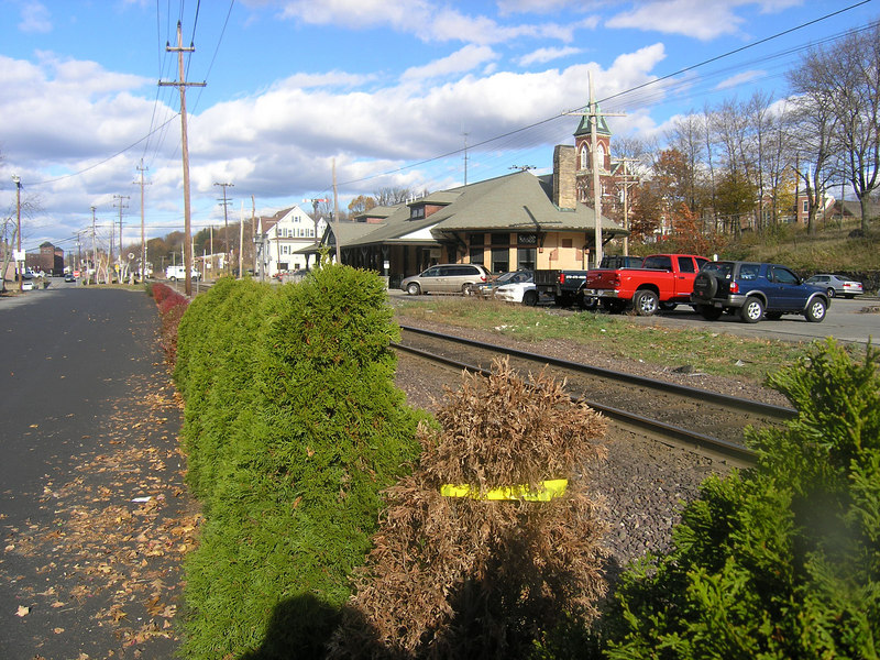 The depot at Andover, MA on the Portland Division (Western Route) in November, 2006   OLYMPUS DIGITAL CAMERA