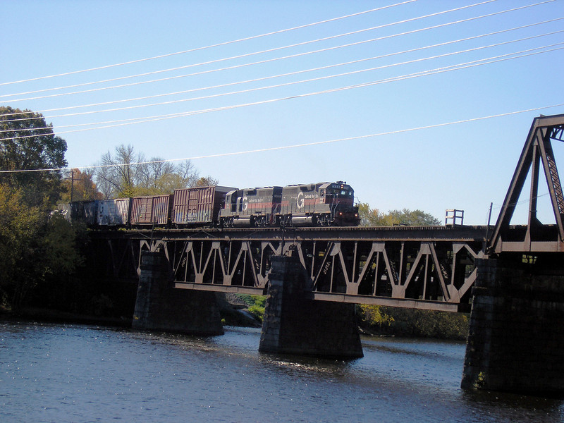 11/7/2007 . . .  Two units in Guilford colors power a Pan Am freight across the Merrimack River in Haverhill, MA . . . .OLYMPUS DIGITAL CAMERA