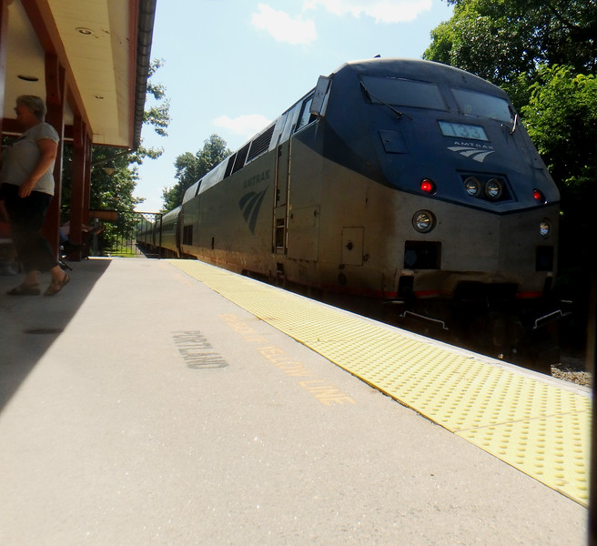 Exeter,NH - Engine 133 pushes a very late Train 684 Toward Boston