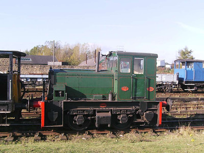 Hibberd 3922/1959 was also used locally. She is numbered 101 and is also known as Planet (the name of the loco type)