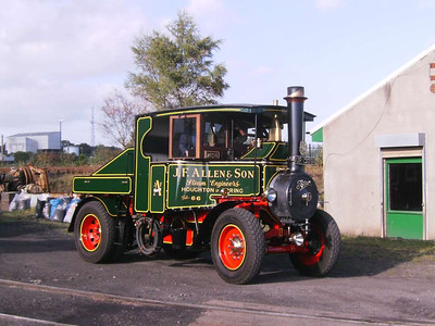 Also present was this beautiful Foden Steam tractor unit of 1928, UR1328. This had a surprising turn of speed.