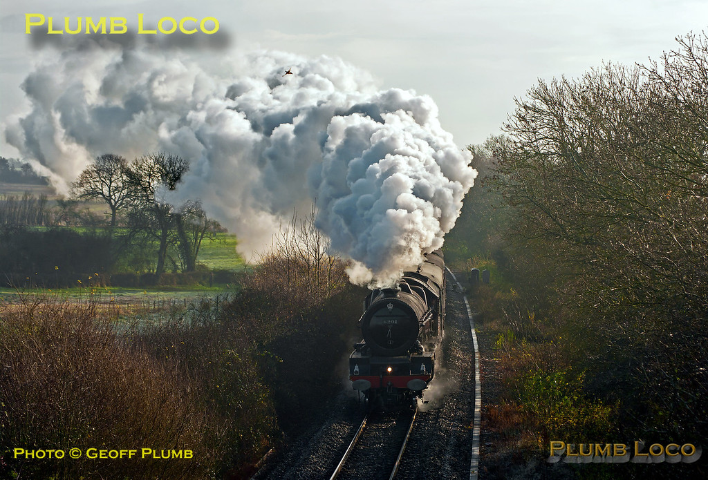 """6201 """"Princess Elizabeth"""" stopped for water in Hinksey Loop and is now nearing Long Hanborough at Cassington Road, once again in full roar mode with 1Z71, 08:05 from Paddington to Worcester at 10:56 on Saturday 1st December 2012. Digital Image No. GMPI13024."""