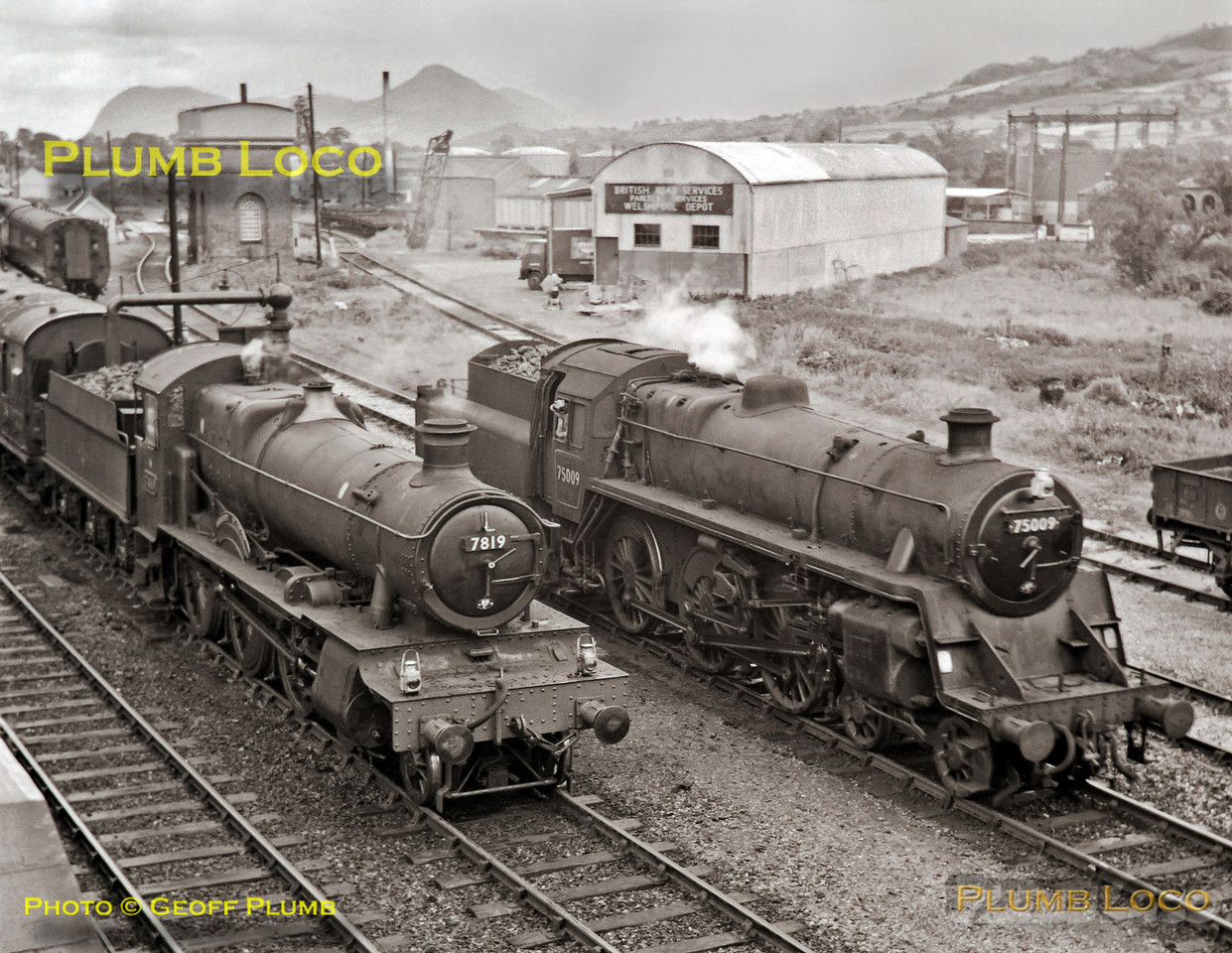 "7819 ""Hinton Manor"" & 75009, Welshpool, 24th August 1963"