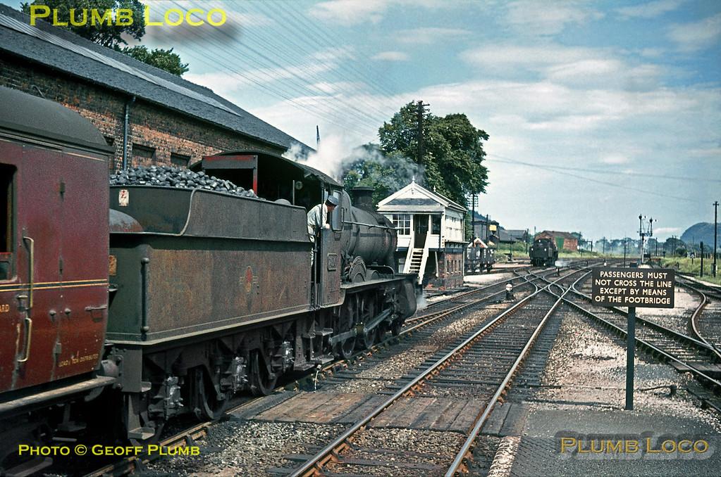 "7810 ""Draycott Manor"", Welshpool, 27th July 1964"