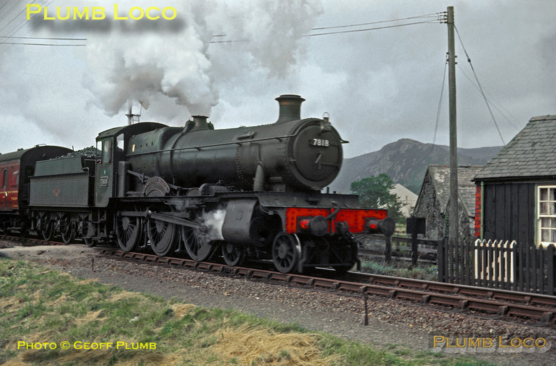 "7818 ""Granville Manor"", Welsh Highland Railway Crossing, Porthmadog, 26th August 1963"