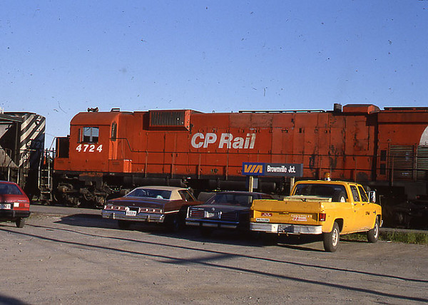 CP Engine 4727 . . .From a slide dated 1987 . . , Brownville Jct., Maine back when VIA was still running the Atlantic Limited