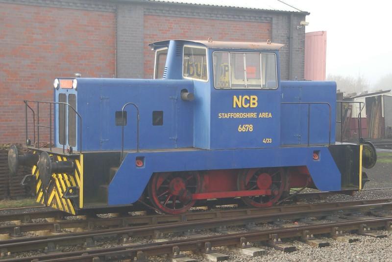 HE 6678 - Chasewater Railway - 1 November 2015