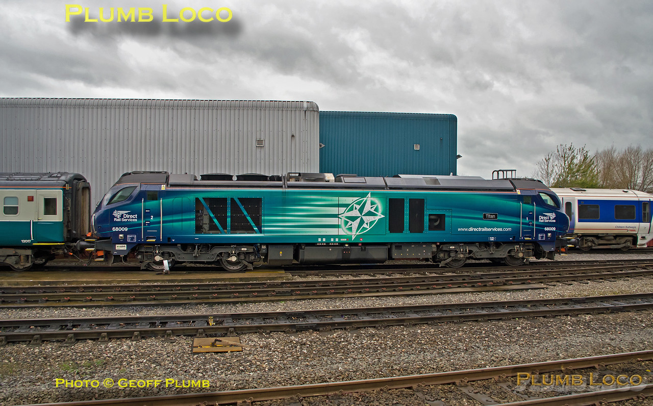 "68009 ""Titan"", Aylesbury DMUD, 30th November 2015"