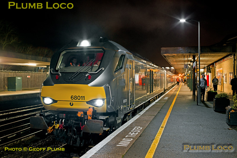 68011, Oxford Platform 3, 2T03, 12th December 2016, first Chiltern loco-hauled into Oxford