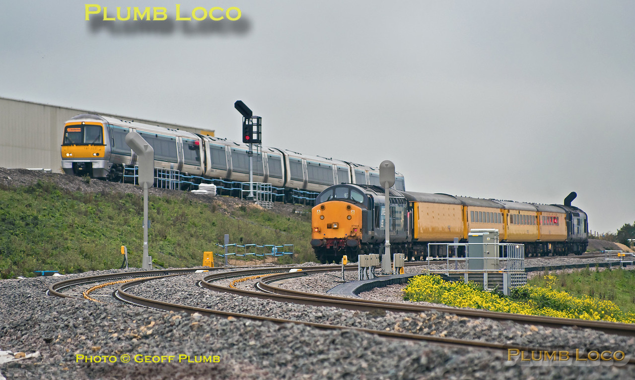 168 002, 37s, Bicester South Junction, 6th October 2015