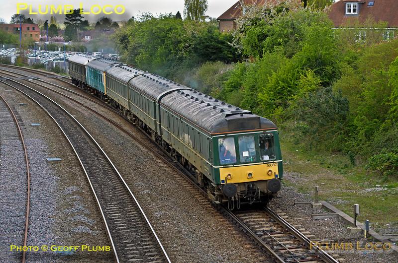 960 301, 121 032 & 121 034, Princes Risborough, 5T00, 28th April 2015