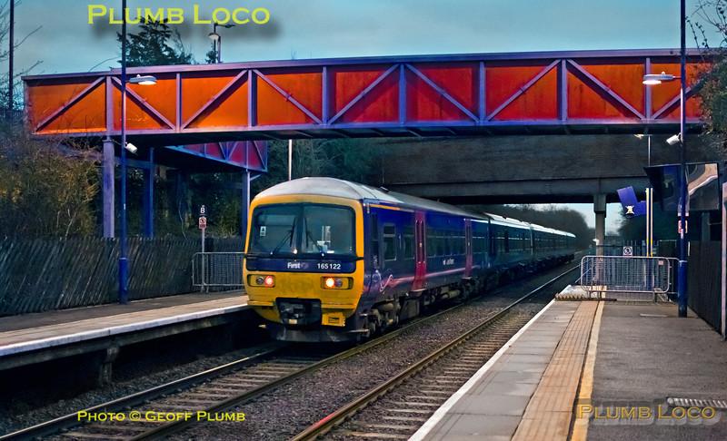 FGW 165 111 + 165 122, Haddenham Station, 1A02, 4th April 2015