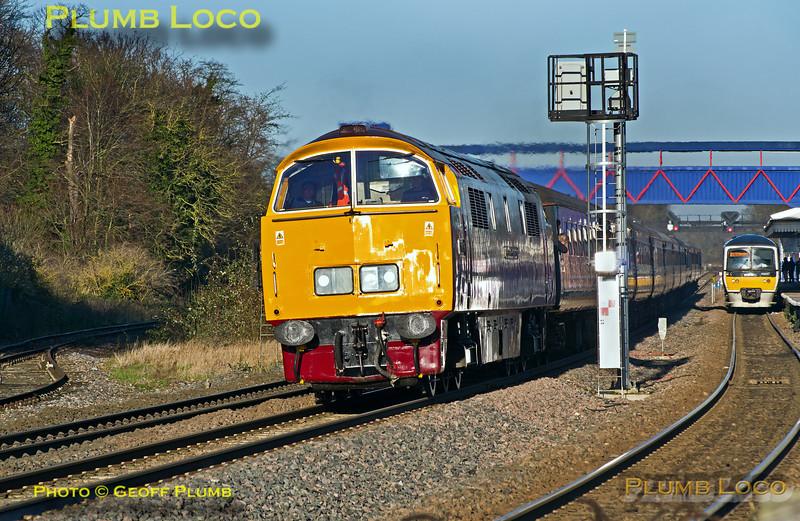 "D1015 ""Western Champion"", Princes Risborough, 1Z23, 13th December 2014"