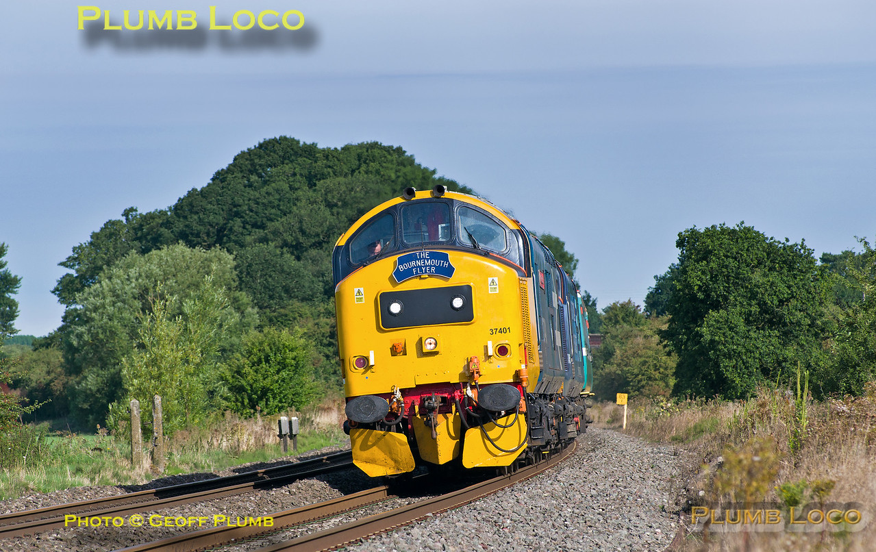 37401 & 37405, King's Sutton, 1Z37, 22nd August 2015