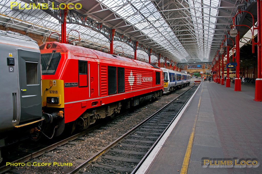 """DBS liveried 67018 """"Keith Heller"""" has arrived into Platform 2 at Marylebone station at the head of the ECS from Wembley LMD, to form 1R47, the 16:30 Chiltern LHCS service to Birmingham Moor Street. 16:13, Friday 15th July 2011. Digital Image No. GMPI9772. There is also a """"3D"""" version of this shot in the """"Three Dimensional!"""" collection."""