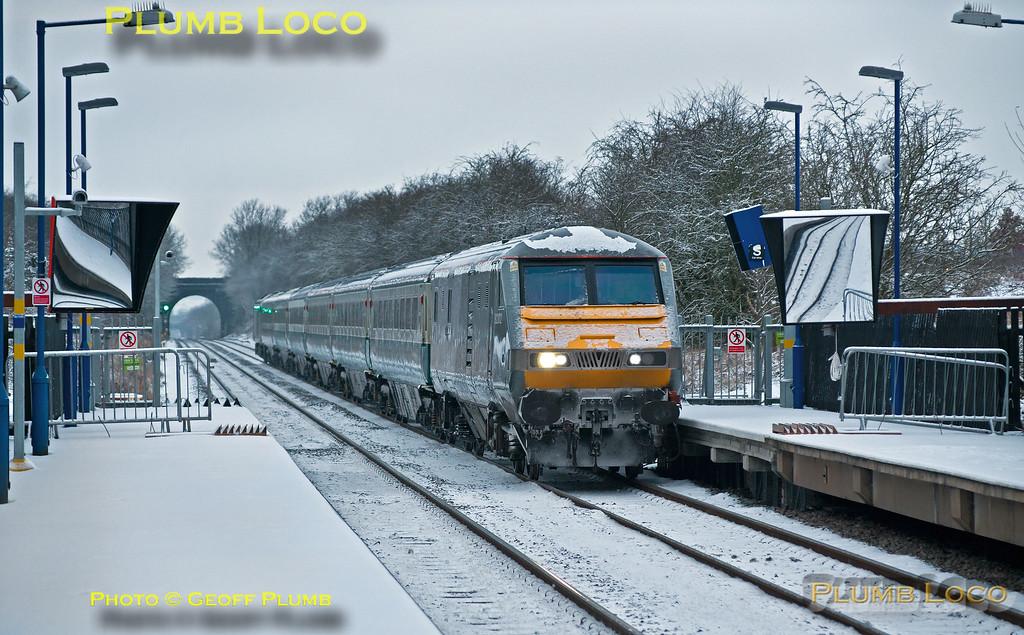 82302, Haddenham & Thame Parkway Station, 1H20, 3rd February 2015