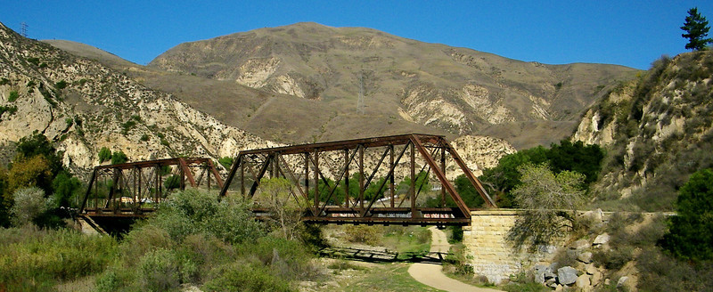 Another bridge over the river, near the old road bridge. This one was for a rail line: Southern Pacific's original coast line to Los Angeles, before construction and realignment to the shorter route through Santa Susanna Pass.