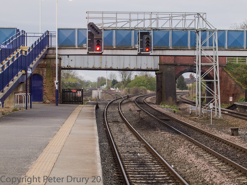 Taken from Platform 3 looking south. The three tracks sweeping right lead to Leeds. The spur from the nearest track leads to the Sherburn-in-Elmet lines,