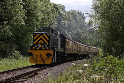 Class 14 D9526 rattles through the woods at Nornvis Bridge, near Crowcombe. 6/6/14