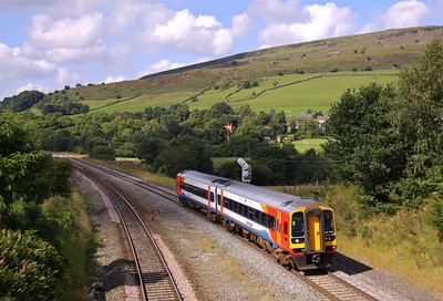 158783 passes Chinley North with a Liverpool - Norwich service on 31/08/10.