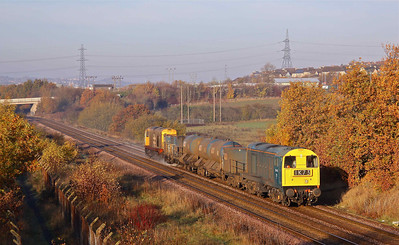 20142 and 20227 pass some stunning Autumnal colours at Waleswood while working 3S13 09:08 Sheffield - Worksop - Sheffield RHTT. A far cry from the 16:22 Bangor - Crewe (1K73) working its displaying on its headcode.  19/11/11.