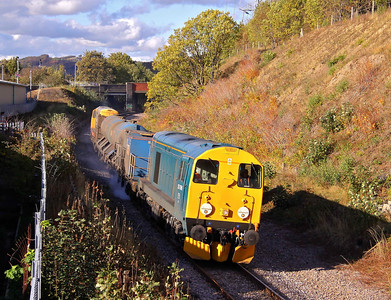 20096 runs past the site of Neepsend Station on the former Woodhead route with 3S14 11:26 Sheffield - Wakefield Kirkgate RHTT. 25/10/11.
