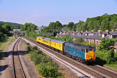 31106 rushes through the Sheffield suburbs passing Woodseats Road with the late running (50 Mins) 4Q25 07:50 Derby RTC - Immingham. 24/05/10.