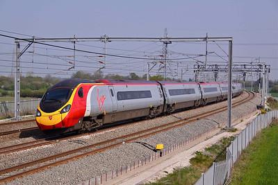 390003 'Virgin Hero' at Lichfield, 20/04/11.