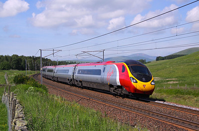 390156 ABINGTON CASTLE HILL 1M15 14.40 Glasgow - Euston