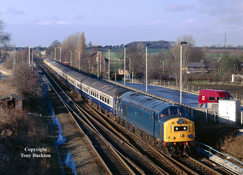 40145 heads The East Lancs Envoy through Micklefield at 11:01 on 24th January 2004. The charter originated at Rawtenstall on the East Lancs Railway, and was destined for Scarborough.