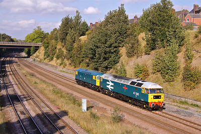 47580 drags 26007 past Masbrough North Junction working 0Z55 09:46 Grosmont - Tyseley.22/09/09.