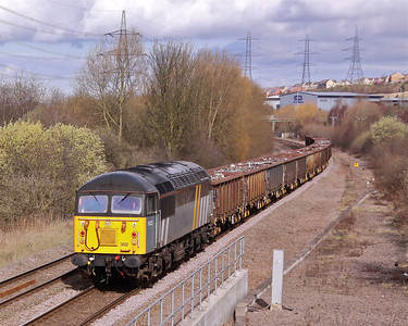 56302 hurries past Beighton with the re-scheduled 6Z70 07:38 Shipley Crossly Evans - Cardiff Tidal loaded scrap on Saturday 17/03/12.