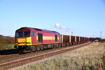 60009 approaches New Barnetby on 6T24 11:33 Immingham - Santon loaded iron ore. 13/11/10.