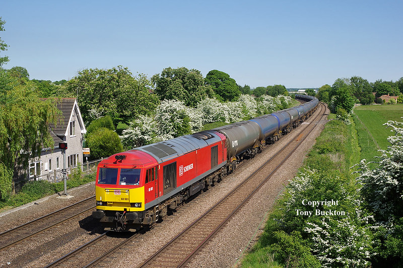 60001 Passes New Barnetby / Melton Ross at 14:37 on Saturday 19th May 2018 with the 6M00 14:19 Humber Oil Refinery - Kingsbury Oil Sidings tanks.