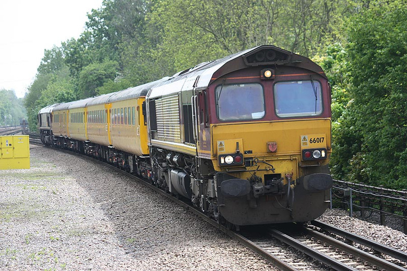 66017(66019) Moor Park 21st May 2012