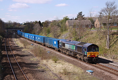 66419 still in its former employers colours - DRS, 66419 now working for Freightliner, passes Horbury with 6E06 09:32 Bredbury - Roxby containerised refuse, 05/04/12.