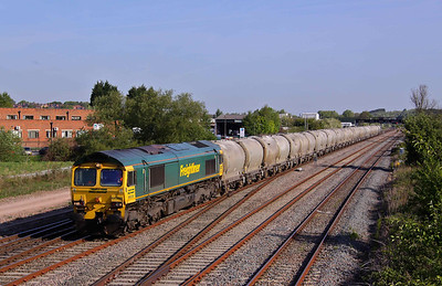 66509 speeds South at Trowell Junction with 6L45 07:35 Earles Sidings - West Thurock loaded cement tanks. 04/05/11.