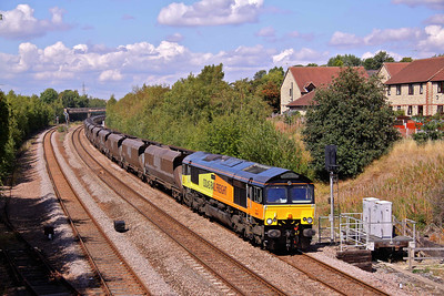 66849 passes Treeton South working 6Z42 10:10 Wolsingham - Ratcliffe Power Station loaded coal. 25/08/11.