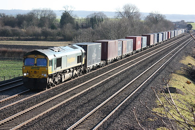 66572 passes Cholsey with a Southampton - Ditton freightliner 14/1/14