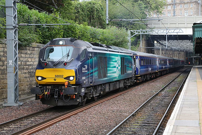 68002 Edinburgh Waverley 23rd July 2015
